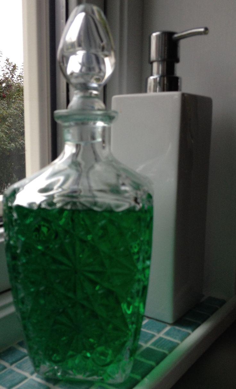 Old carafe for dishwasher detergent