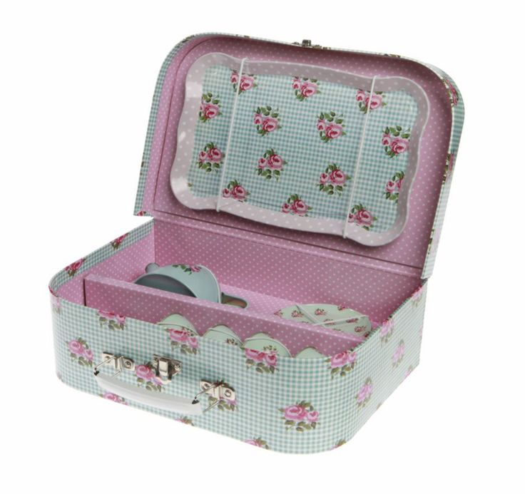 This children s blue tin tea set contains 15 pieces in a floral and polka dot design The adorable tin tea set is packed and stored in a blue floral