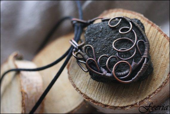 Brawl Pendant - wired copper, magic, fantasy, LARP