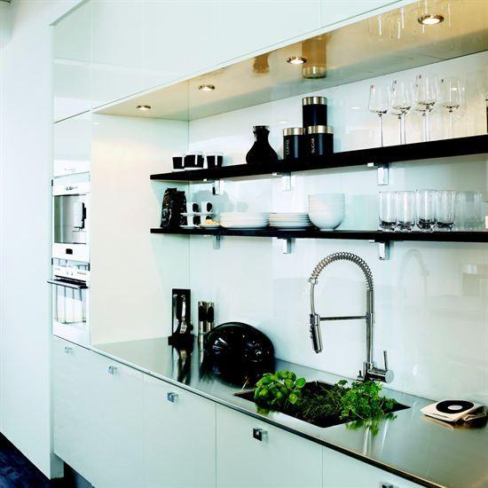 Kjøkken - Hvit høyglans - Bygger´n