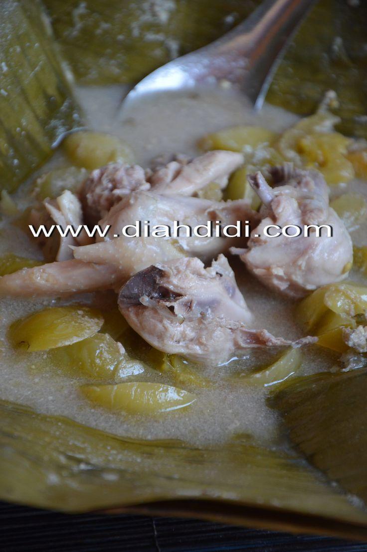 Diah Didi's Kitchen: Garang Asem Ayam Sarirasa...Garang Asem Terenak Di Kudus..