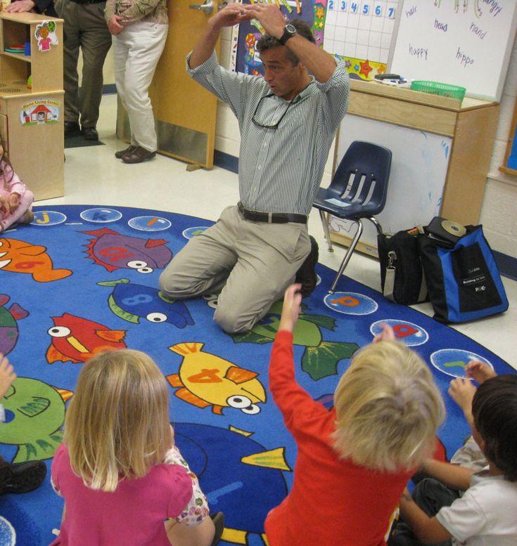 Hola Sr Juan has free resources (games, flashcards, etc.) for teaching Spanish to kids.