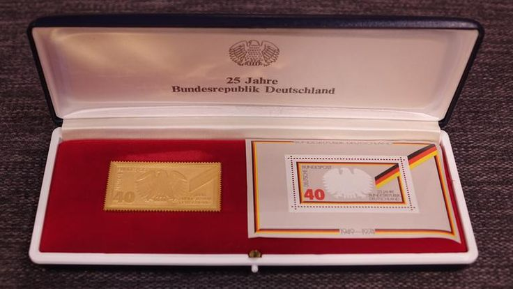Goldene Briefmarke , 1974, 25 Jahre BRD, 900er Gold, 25 Gramm - Goldwert 880 - 910 € / Berechnung 25gx0,900....xGoldpreis 39,80 = ca.  Wert 950 €