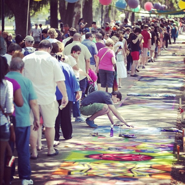 The SCAD Sidewalk Chalk Festival is Saturday, April 27 in Forsyth Park! A fun and free all ages event!