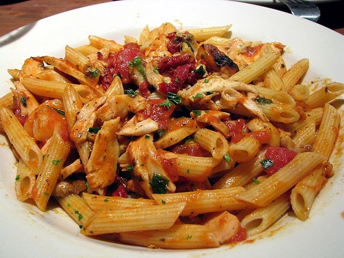 Shrimp Amp Chicken Penne Pasta With Sundried Tomatoes Amp Marinara Sauce Substitution For Spicy