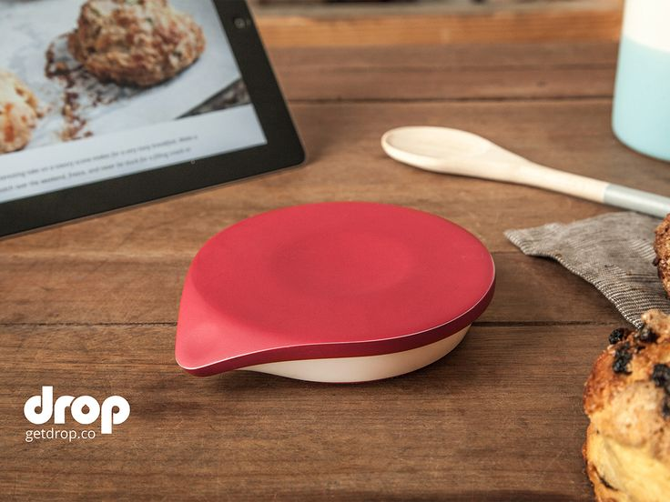 A Kitchen Scale That Makes Anyone Into an Expert Baker