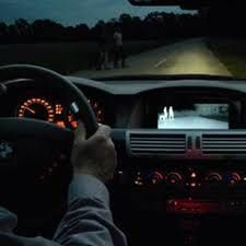 Melakukan perjalanan malam hari memang menyenangkan karena terhindar dari macet. Akan tetapi butuh persiapan extra agar perjalanan malam anda nyaman. Berikut hal-hal yang bisa anda persiapan untuk melakukan perjalanan malam.