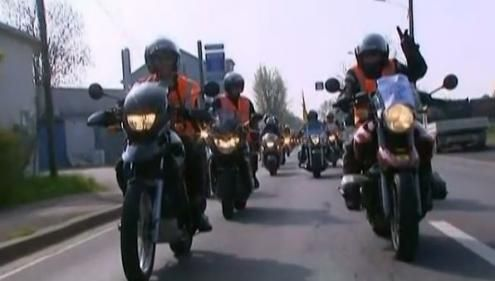 VIDEO. Les gants deviennent obligatoires pour les motards et conducteurs de scooters