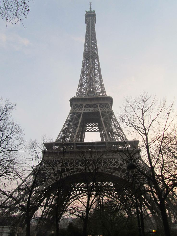 Eiffel tower, right before sundown