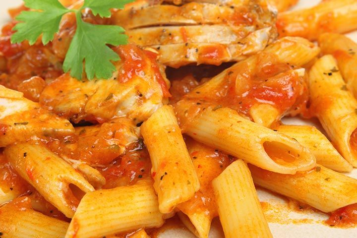 Healthy Recipes For Pregnant Women - Chicken And Tomato Pasta