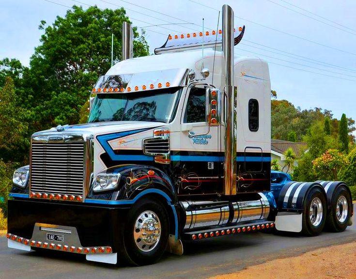custom #Freightliner Coronado! #trucking #truckyeah
