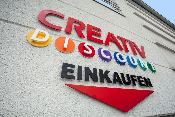 Willkommen in unserem Bastelshop in Düsseldorf. Mo.-Fr. von 9-19 Uhr und Samstags von 9-15 Uhr!