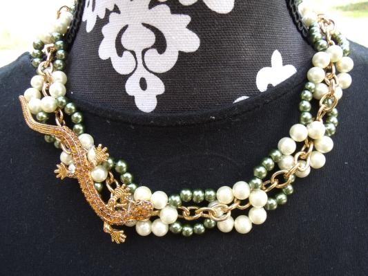 Green and ivory gecko weaved necklace