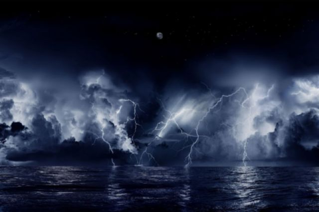 There's A Place On Earth That Experiences 1.2 Million Lighting Strikes A Year | IFLScience (in Venezuela, where the Catatumbo River meats Lake Maracaibo.)