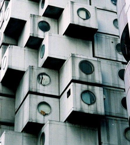 Nakagin Capsule Tower, Kisho Kurokawa 1972  Shimbashi, Tokyo