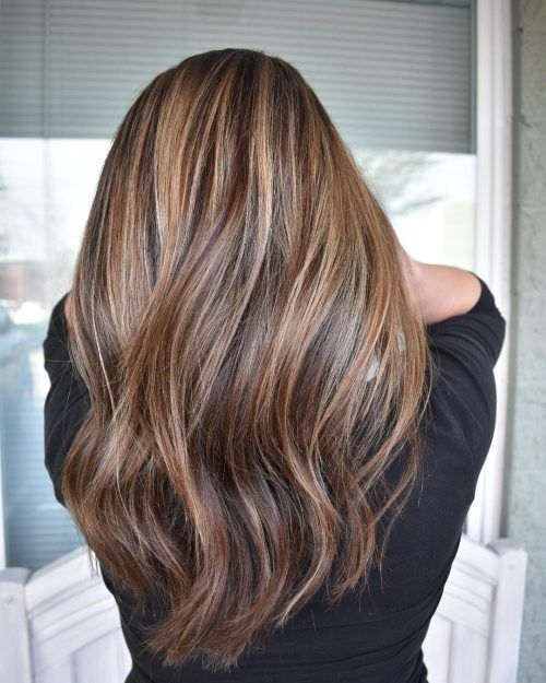 60 Fun And Flattering Medium Hairstyles For Women Hair Styles Medium Hair Styles Middle Hair