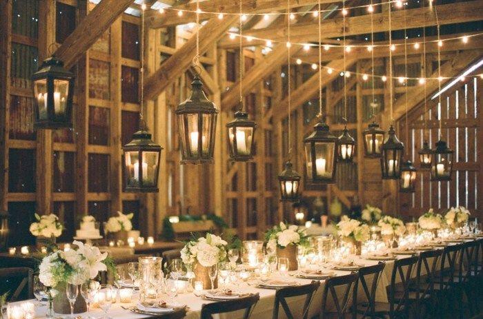 Blumen Dekoration für eine rustikale Hochzeit