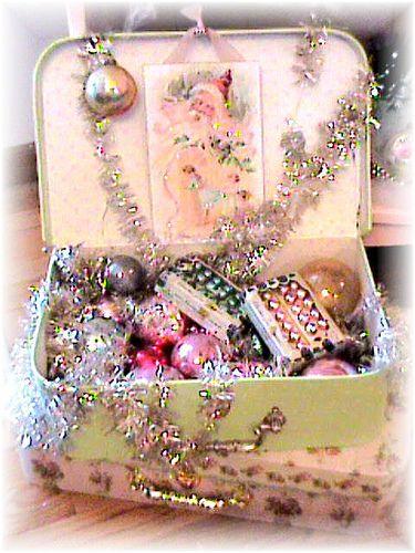 retro christmas decorations | Suitcase of Vintage Decorations