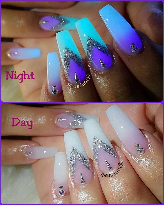 glow in the dark design. I know me & I know the night with these nails I'm  gonna scare the HELL out of myself late @ night while sleeping in bed LOL 😂 - Best 25+ Glow Nails Ideas On Pinterest Neon Acrylic Nails