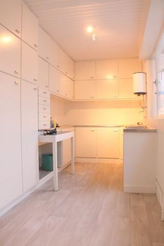 Te koop - Huis 5 slaapkamer(s)  - bewoonbare oppervlakte: 230 m2  - Statige en karaktervolle herenwoning gelegen in begeerde Pulhofwijk op zeer centrale locatie nabij belangrijke in-en uitvalswegen en openbaar vervoer.    2 gevel(s) -  2 toilet(ten) -  - eetkamer - oppervlakte kelder: 70 m2 - oppervlakte terras: 20 m2