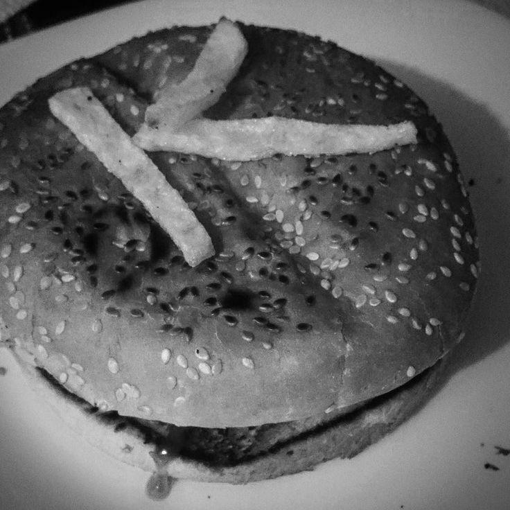 "Dieta KRAX para aguantar una sesión de Alto Impacto  ""Quiero que Ganes Más""  Trabajemos Juntos  www.guillerkrax.es  #burguer #food #hamburguesa #hamburguer #king #delicious #gourmet #burger #burguerking #hamburguesas #cena #mcdonalds #chips #night #hambúrguer #gordo #diet #dj #music #party #house #dance #djlife #club #producer #housemusic #nightlife #djs #mix #festival"