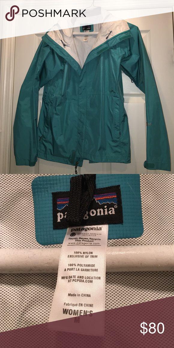 Women's Patagonia Rain Jacket Women's Teal Patagonia Rain jacket size Medium. EUC Patagonia Jackets & Coats