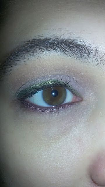 CHIKI88...  my passion for nails!: Thursday make up: green and purple!