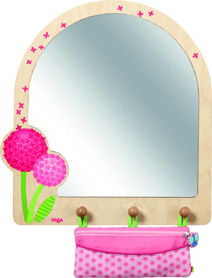 Liebevoll gestalteter Spiegel Pusteblumentraum mit Aufbewahrungstasche für das Kinderzimmer aus dem Hause HabaEinfach traumhaft schön, dieser Kinderzimmerspiegel im niedlichen Pusteblumen-Design ist ein schöner Blickfang in jedem...