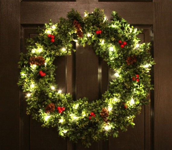 Pre-Lit Boxwood Christmas Wreath Artifical Box by WeLoveWreaths