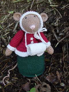 Dickens mouse number 6. Her name is  FAITH      * Haakjuffie* 's blog : haakwerkjes