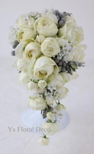 白シルバーの細目幅キャスケードブーケ ys floral deco@ウェスティンホテル東京
