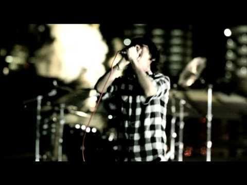 ONE OK ROCK. Banda japonesa que se las trae ;)