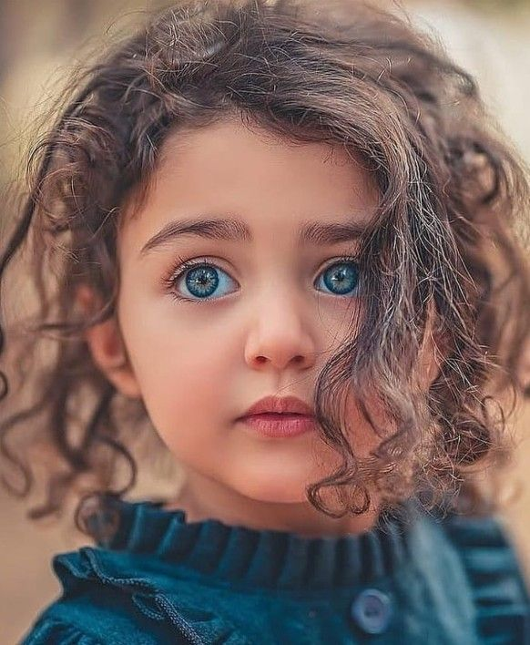 Beautiful Iphone Blue Eyes Wallpaper For Girls Https Womenhairstyle Net Beautiful Iphone Blue Eyes Wall World S Cutest Baby Cute Baby Girl Images Cute Babies
