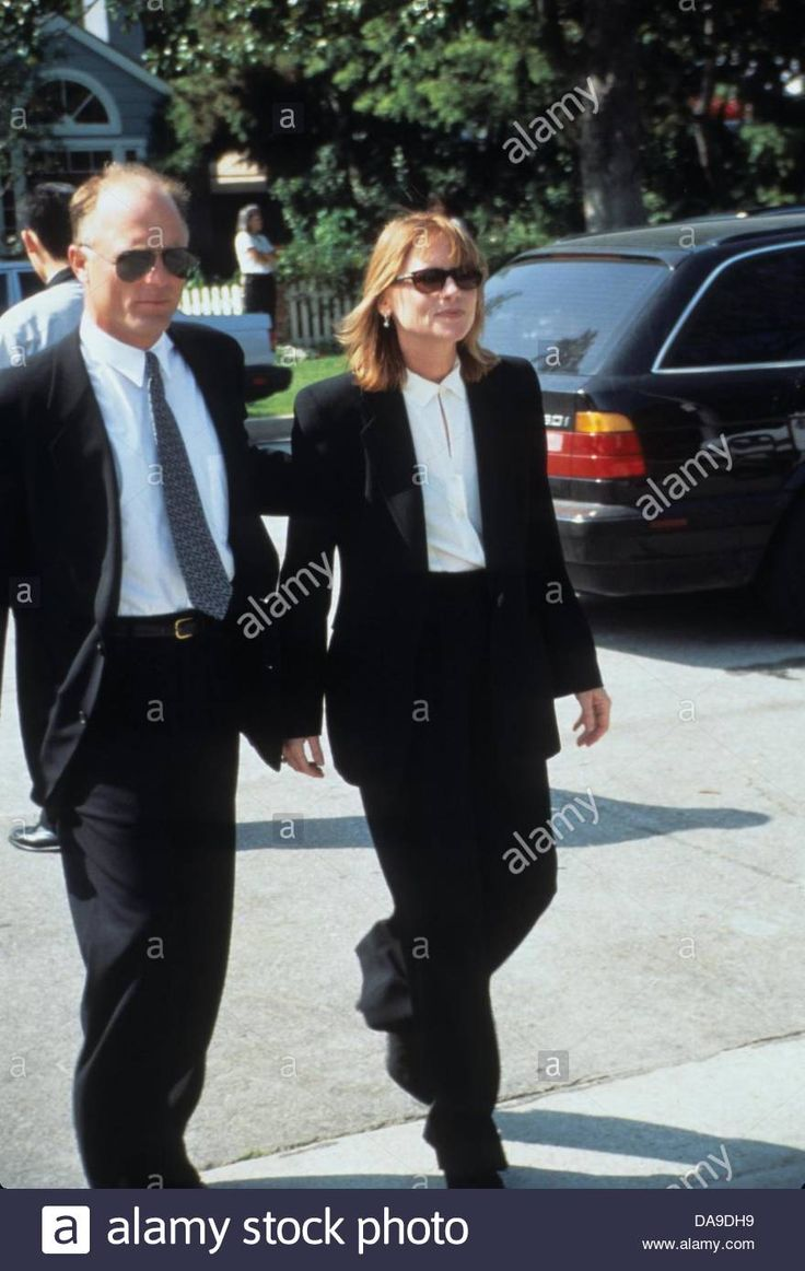 Download this stock image: ED HARRIS with Amy Madigan.k4774rw.Sean Penn's wedding in Santa Monica 1996.(Credit Image: © R. Westerman/Globe Photos/ZUMAPRESS.com) - DA9DH9 from Alamy's library of millions of high resolution stock photos, illustrations and vectors.