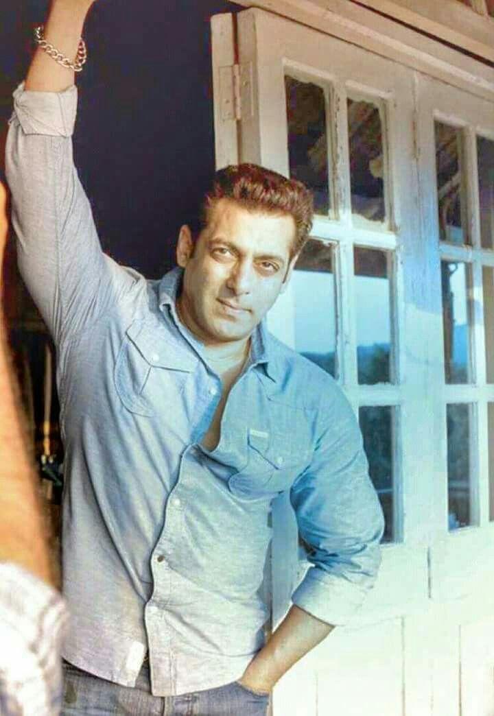 Zaan Khan Smile 18 best Salman Khan sh...