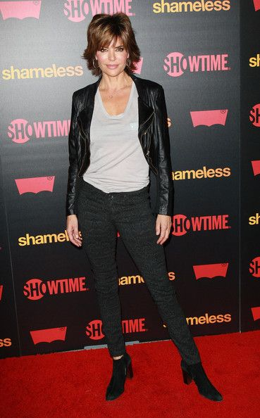 "Lisa Rinna Photos Photos - Premiere Reception For Showtime's ""Shameless"" Season 2 - Arrivals - Zimbio"