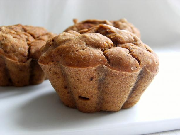 Weight Watchers Pumpkin Cupcakes: All you need is a boxed spice cake mix and some canned pumpkin!