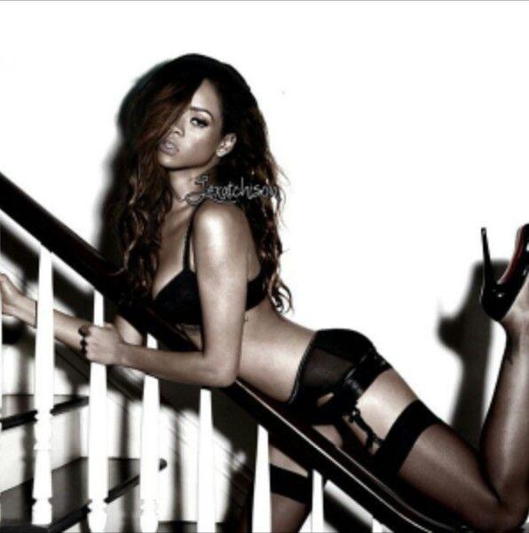 Lingerie Rihanna 94