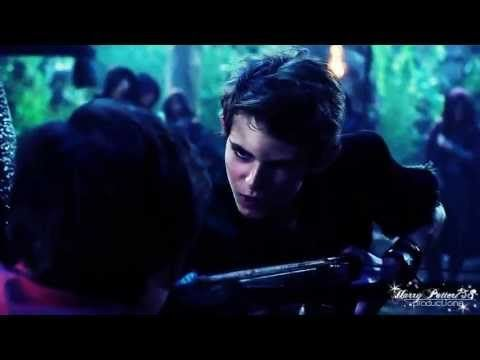 Ouat Peter Pan Actor | Once Upon a Time' Star Robbie Kay Previews Peter Pan's Wicked Plan
