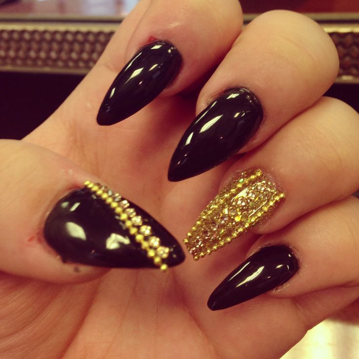 33 best claws images on pinterest claw nails cute nails and black and gold jeweled nails claws prinsesfo Gallery