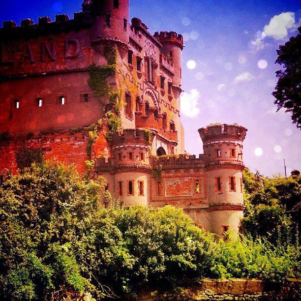 Bannerman Castle, Poppepel Island, New York State