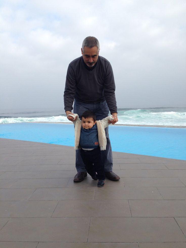 A los mejores papás los ascienden a ser abuelos