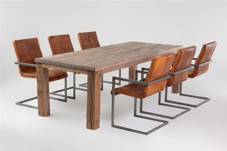 17 migliori idee su mobili in legno di recupero su for Mobili medievali