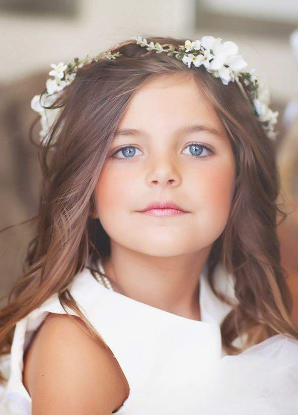 Flower girl with baby's breath crown @myweddingdotcom