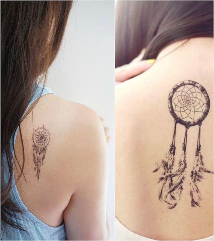 se faire tatouer un petit attrape rêve derrière l'épaule - une belle idée de tatouage femme symbolique et très esthétique