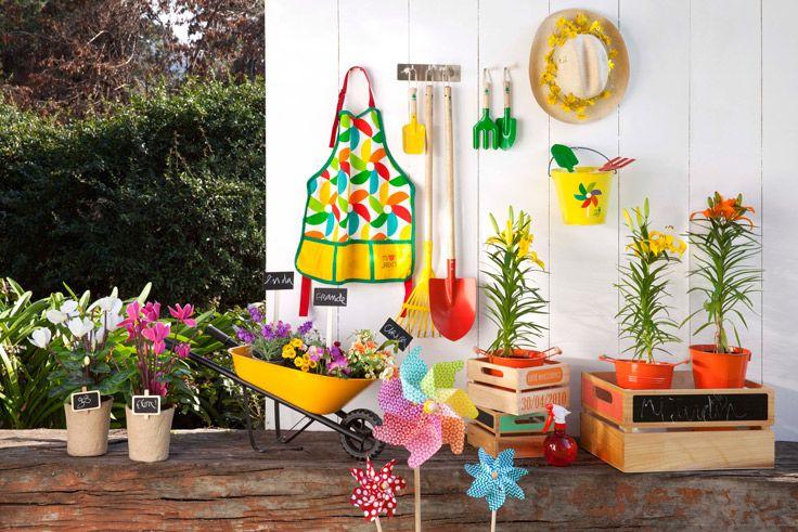 ¡Disfruta las tardes para jardinear en familia! Pídele a tus hijos que ayuden a plantar flores o armar un mini huerto y llévales de sorpresa estos lindos diseños, será una experiencia que no olvidarán!