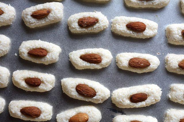 Joy the Baker – Homemade Almond Joy