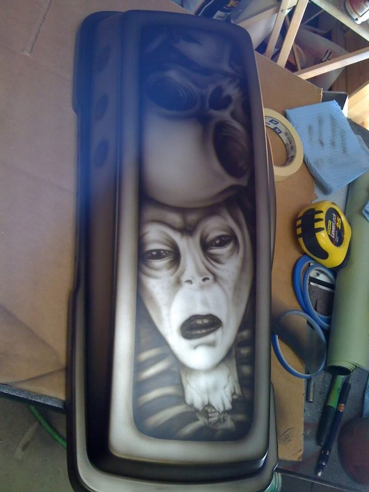 Harley side bag lid, airbrushed by Scott Holland Enterprises