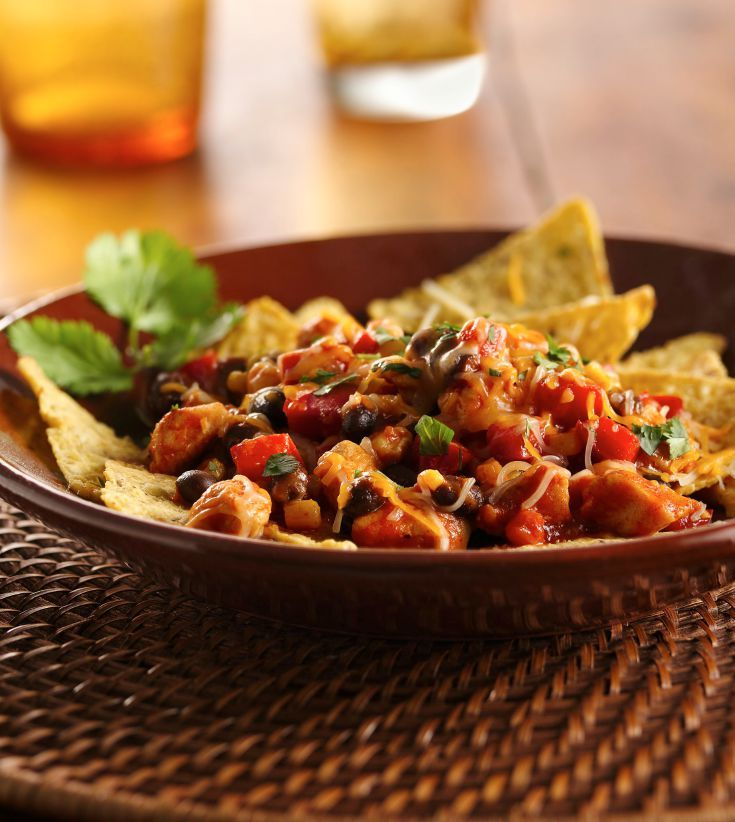 Top 10 Mexican Dinner Recipes: Skillet Chicken Nachos