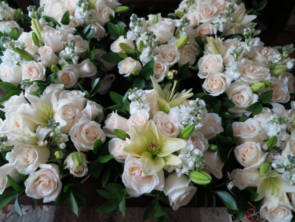 Wedding Flower Packages Costco : Pin by kimmi conger on wedding ideas